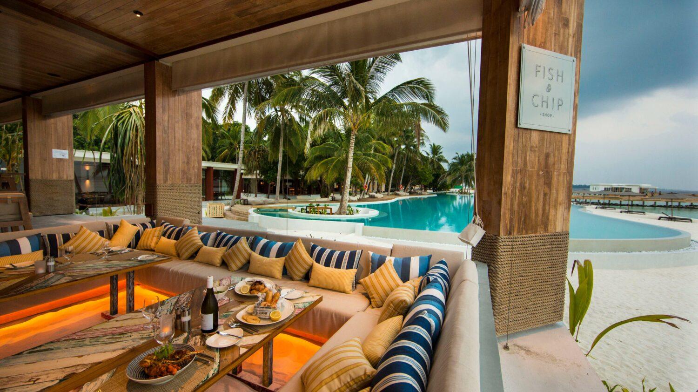 restaurant fish and chips-amilla fushi maldives