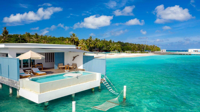 lagoon villa with pool-amilla fushi maldives