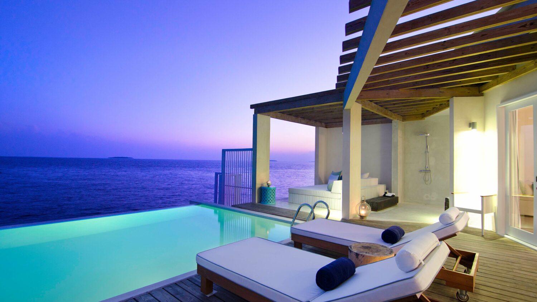 terrace sunset-amilla fushi maldives