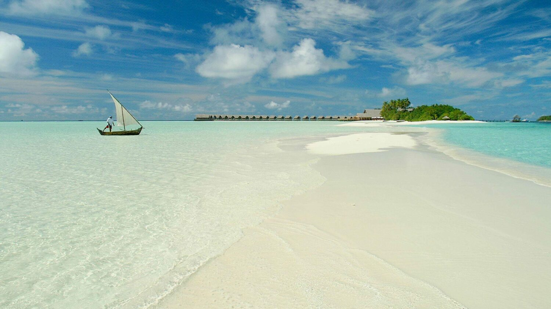 sandbank-COMO cocoa island maldives