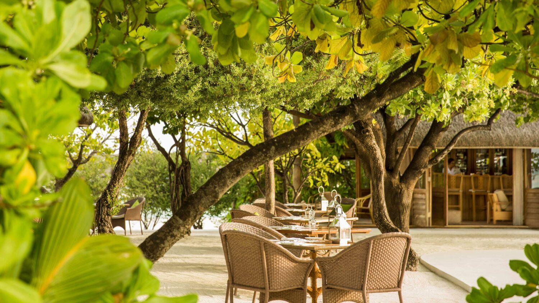 outdoor restaurant ufaa-COMO cocoa island maldives