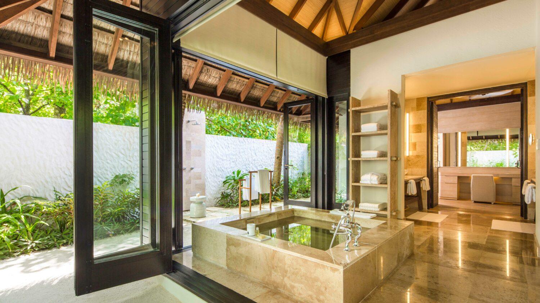 bathroom beach suite-COMO maalifushi maldives