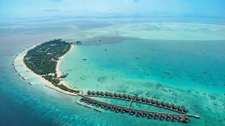 private island-fairmont maldives