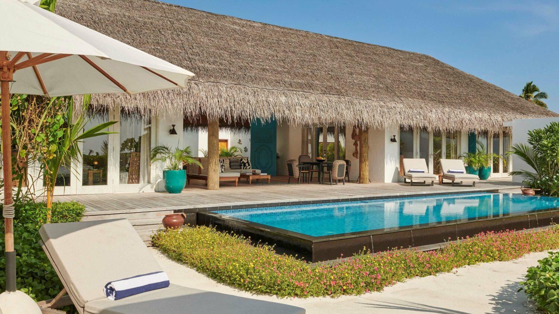 beach villa with pool-fairmont maldives