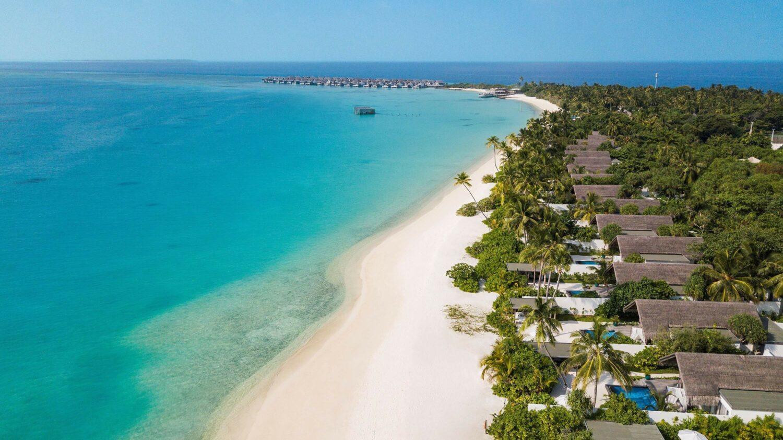 beach-fairmont maldives