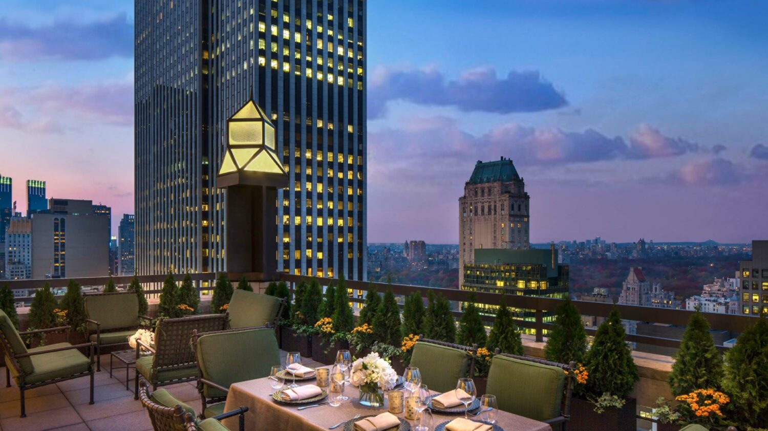 rooftop bar-four seasons new york city