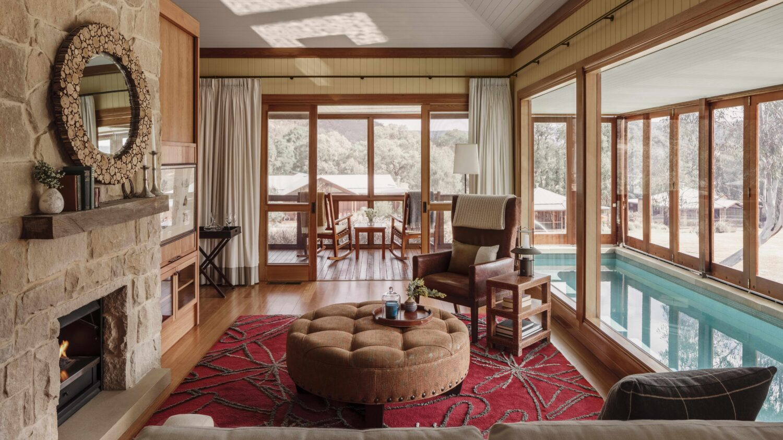 livingroom-emirates one&only wolgan valley australia