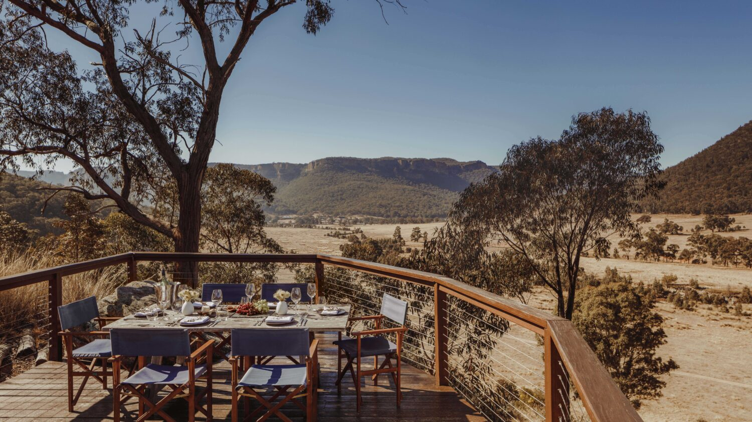 picnic deck-emirates one&only wolgan valley australia