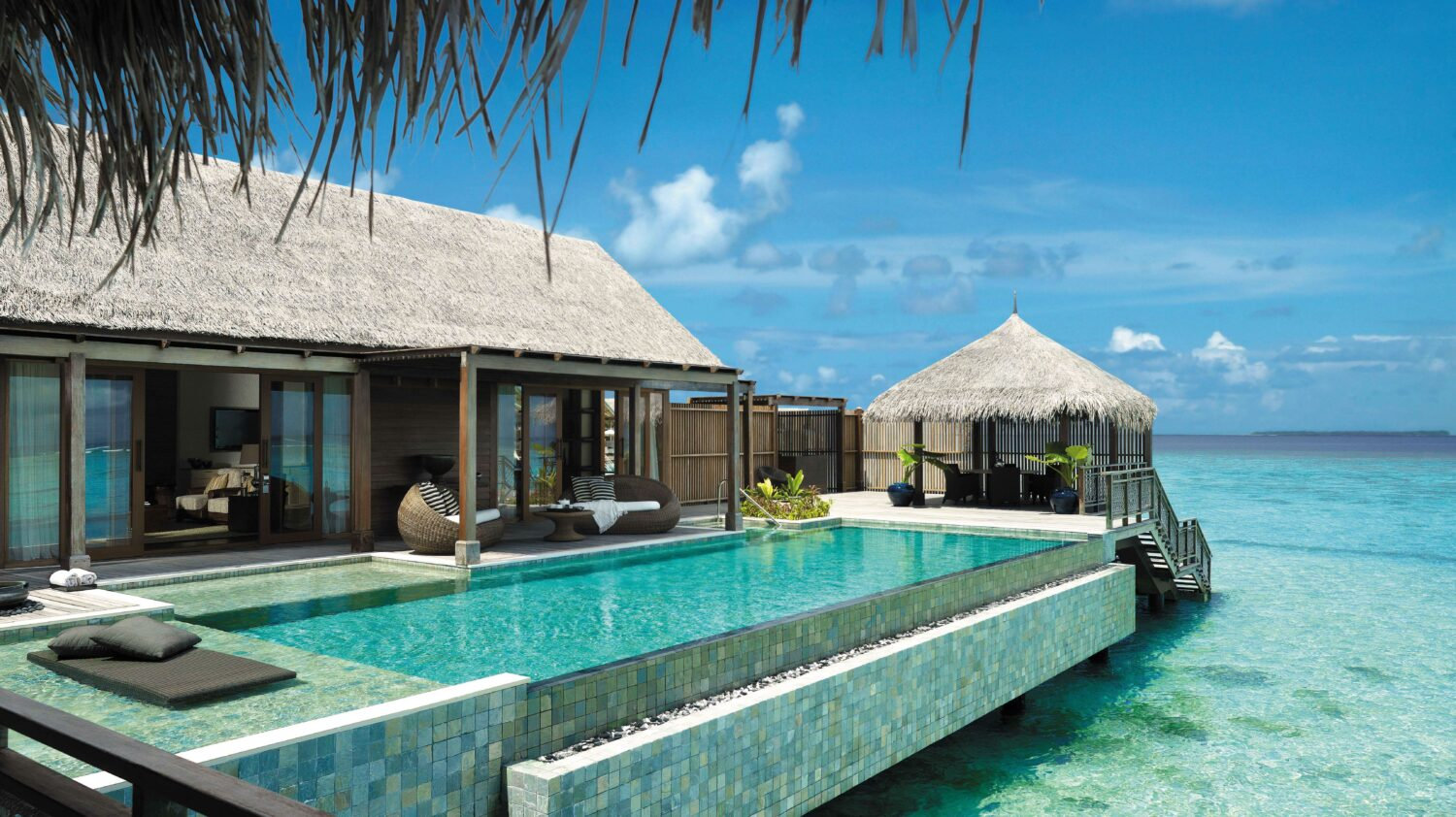 infinity pool villa spa-shangri-la maldives
