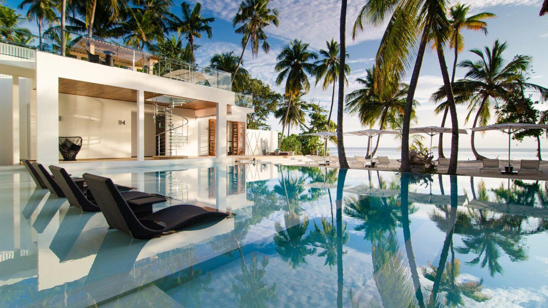 beach villa-amilla fushi maldives