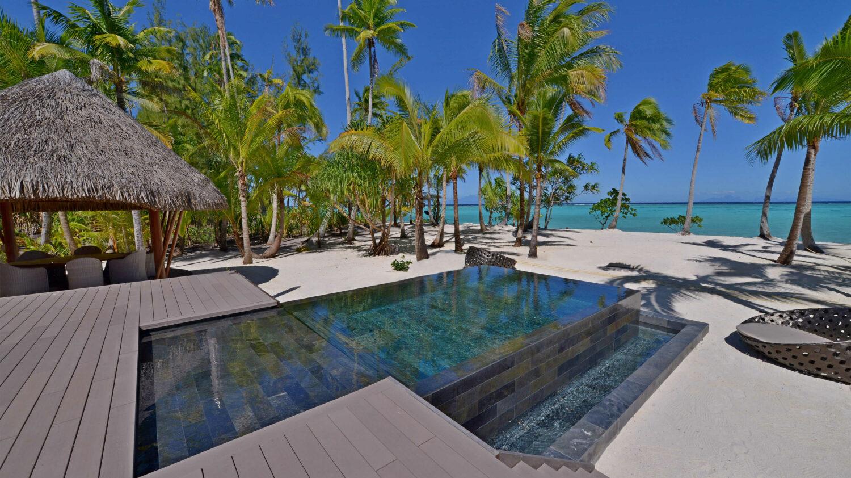 infinity pool villa-the brando