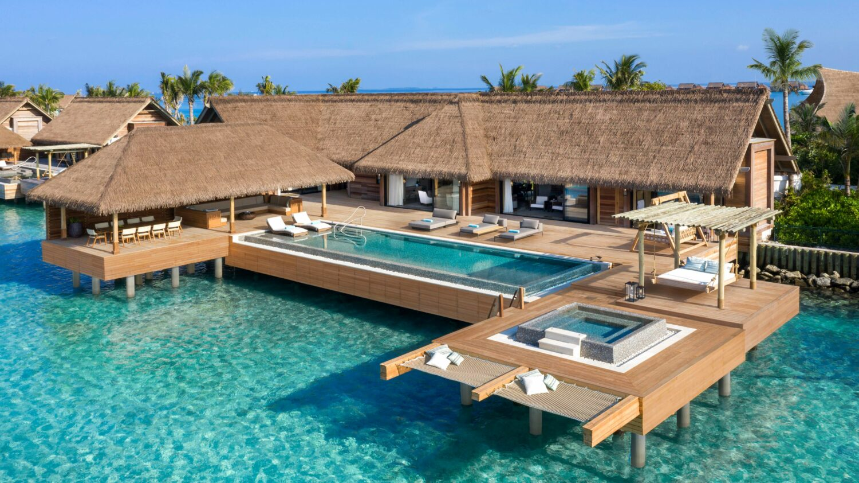 overwater villa with pool-waldorf astoria ithaafushi maldives