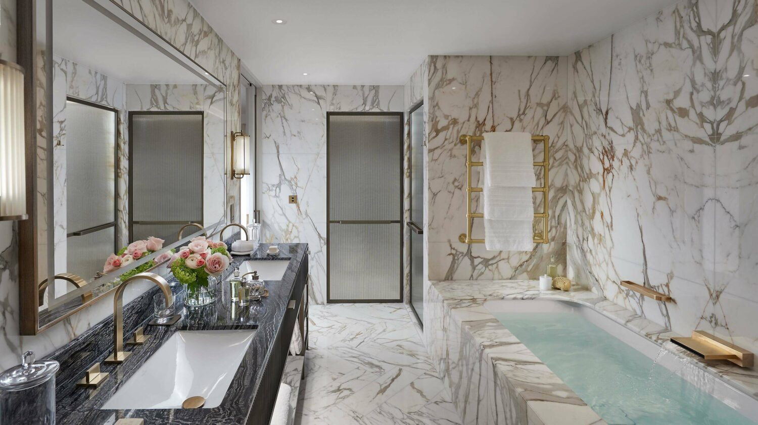 penthouse bathroom-mandarin oriental london