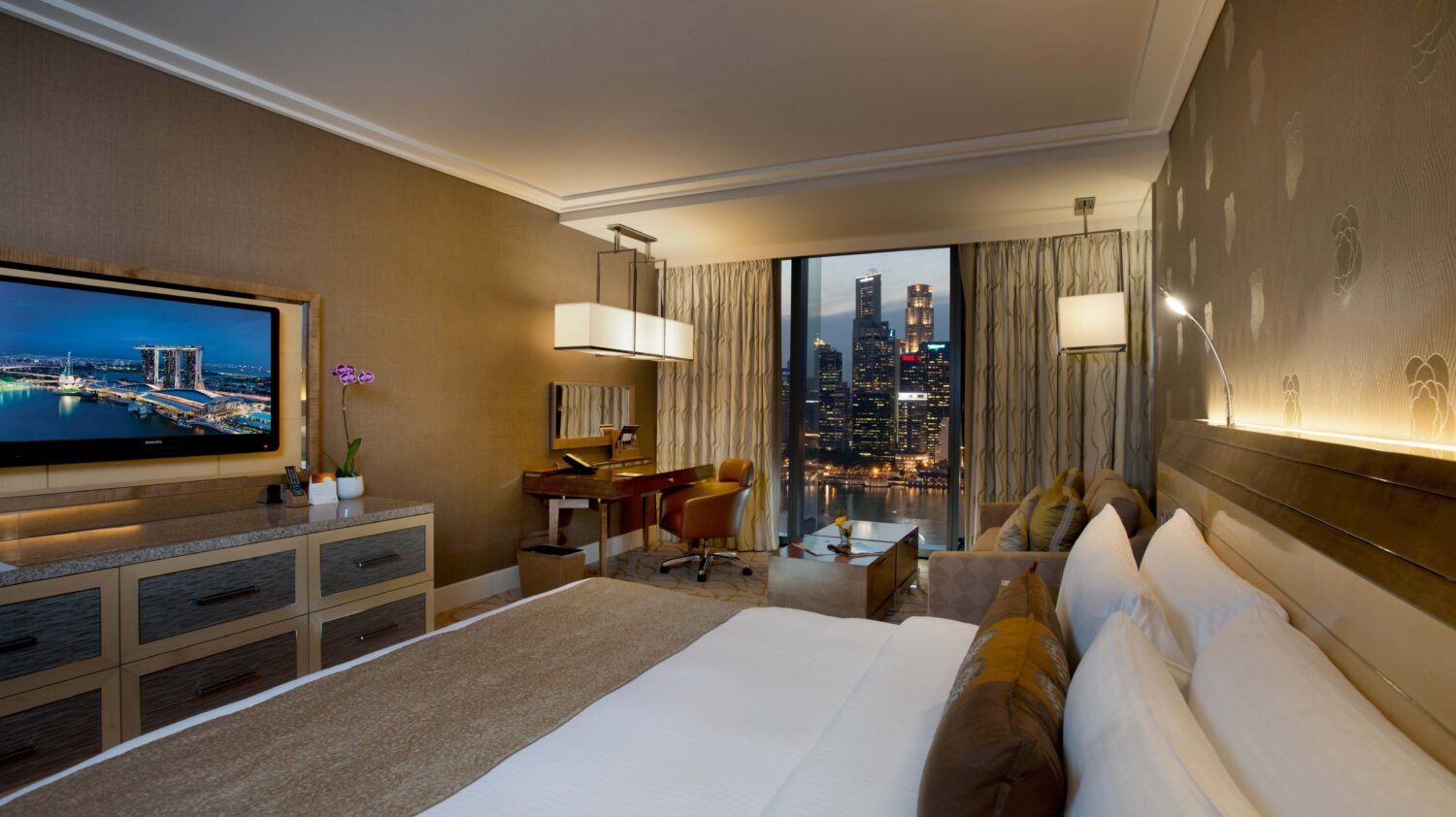 bedroom view suite-marina bay sands singapore
