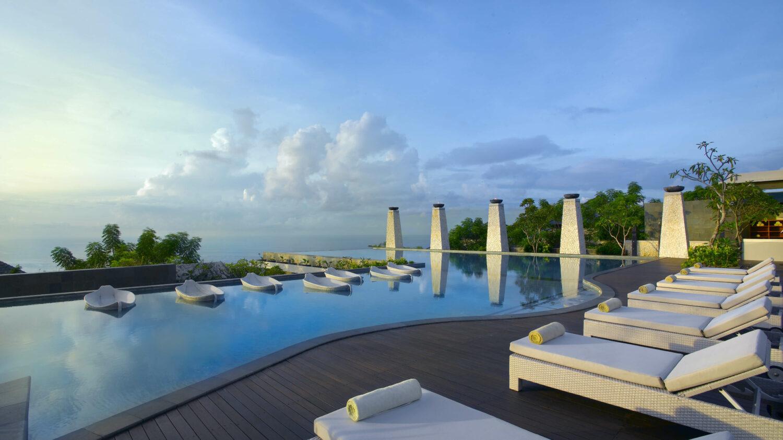 pool view-banyan tree ungasan bali