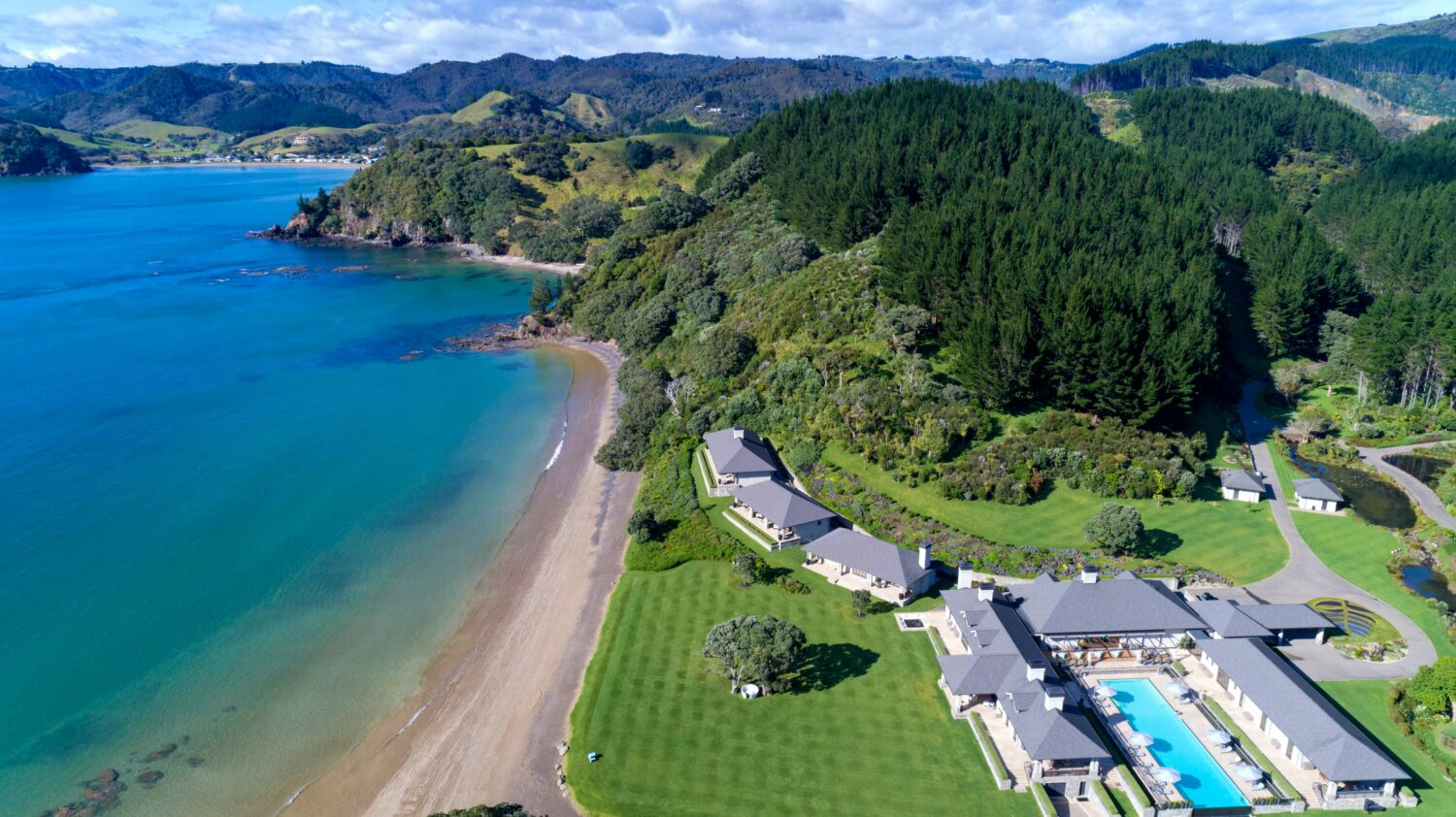 overview location-helena bay lodge new zealand