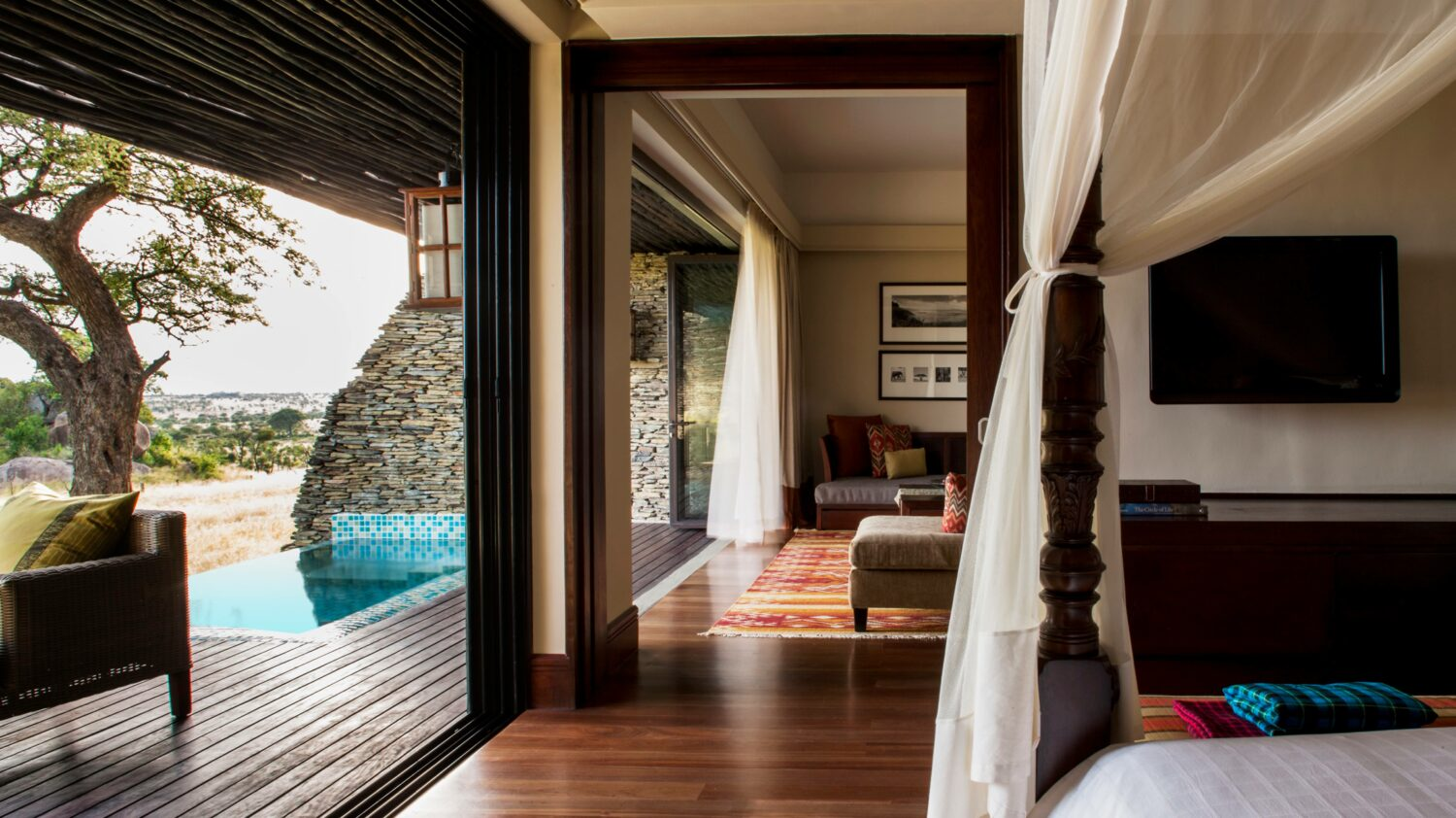 suite with pool-four seasons safari lodge serengeti