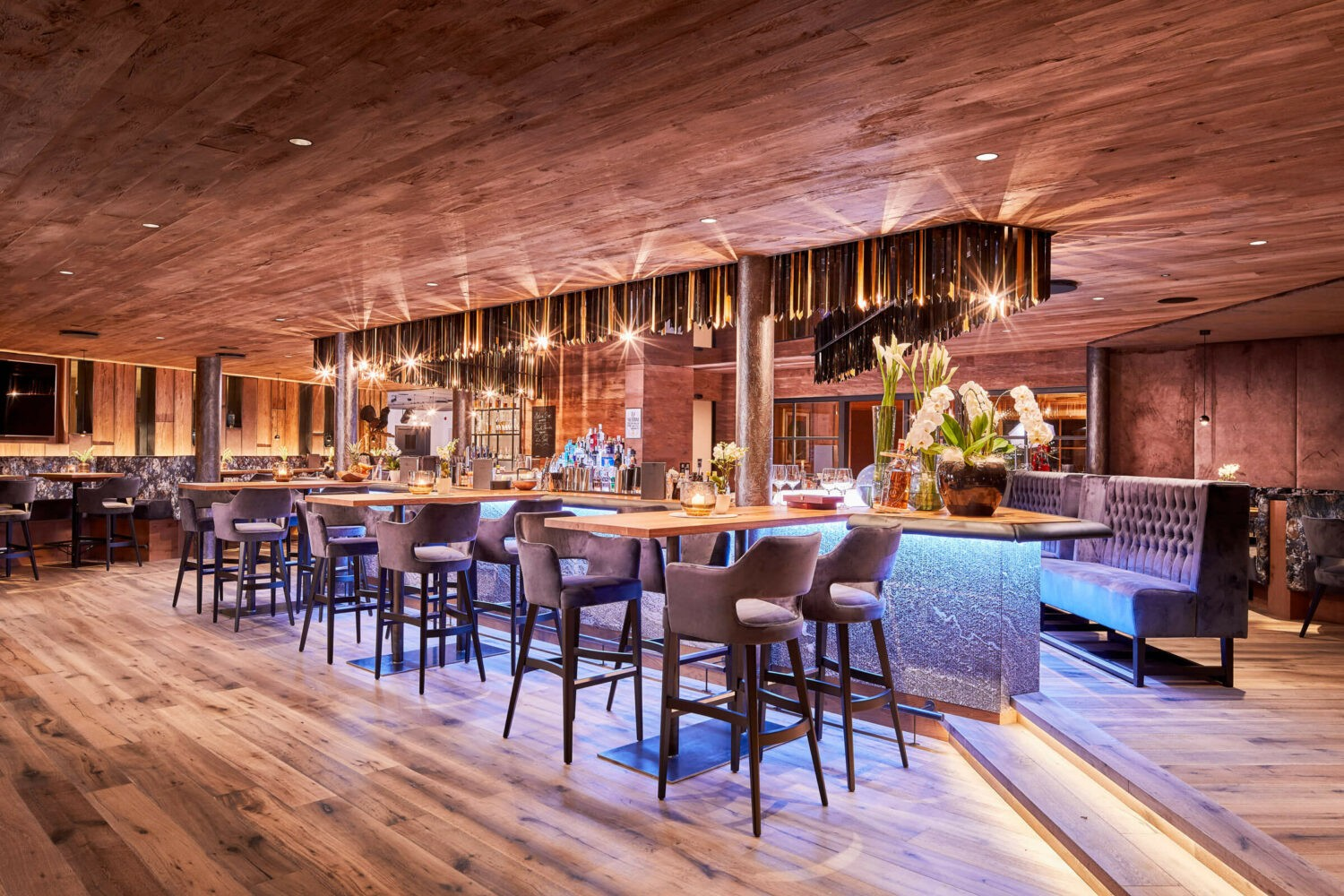 luxury hotel bar-hotel chalet mirabell