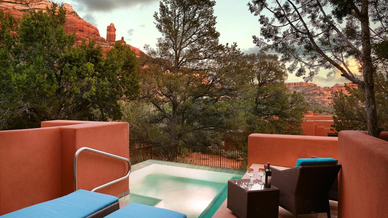 plunge pool-enchantment resort usa