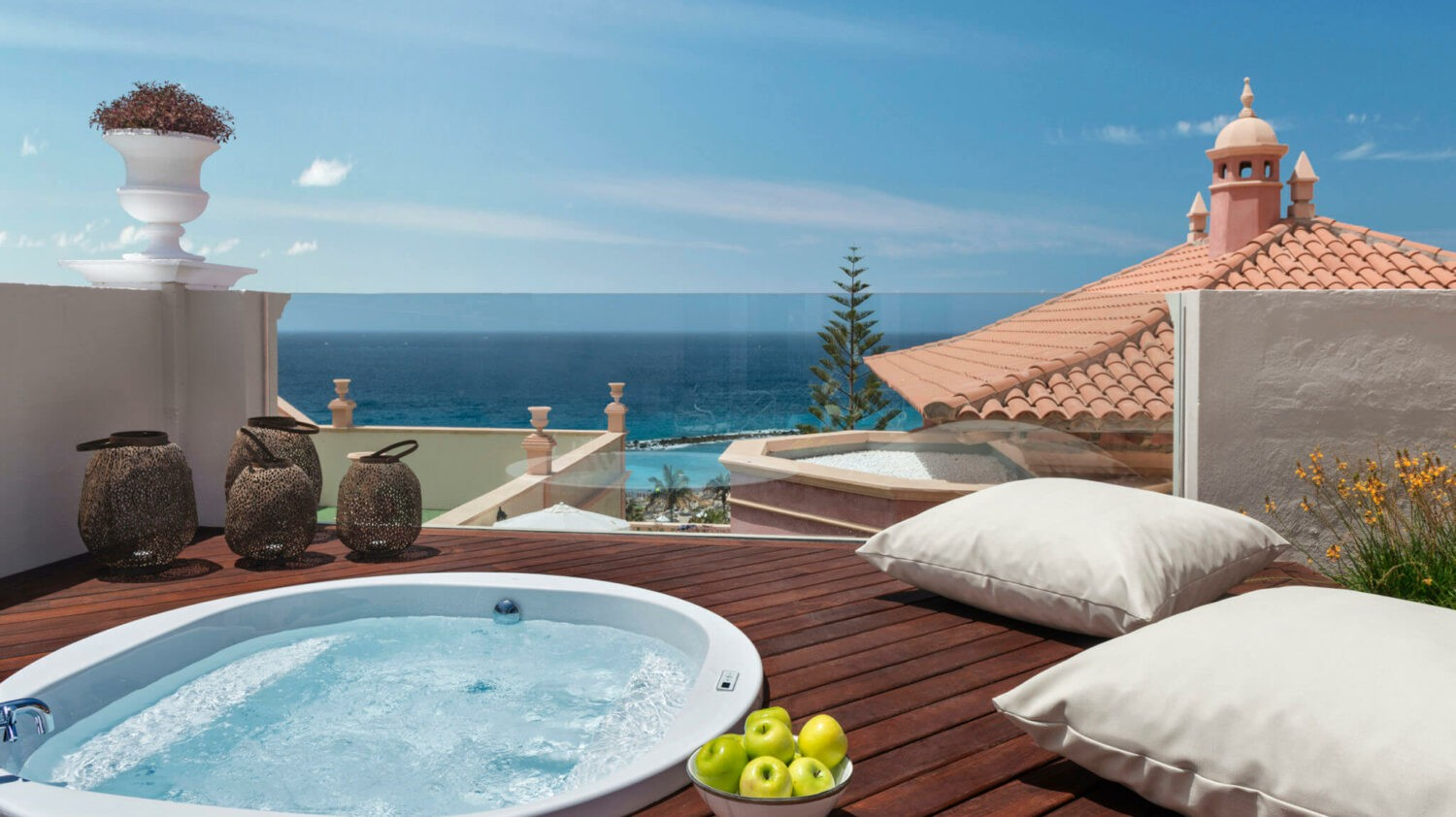 suite with jacuzzi-gran hotel bahía del duque resort tenerife spain