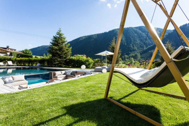 outdoor lounger-silena hotel