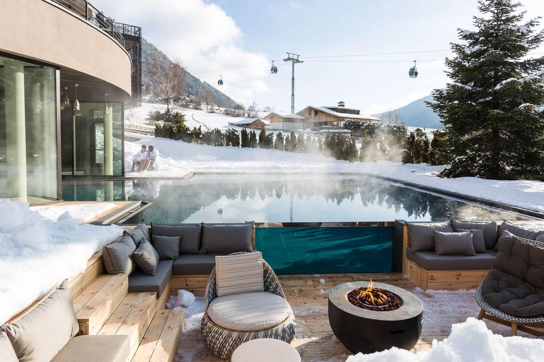 winter pool area-silena hotel