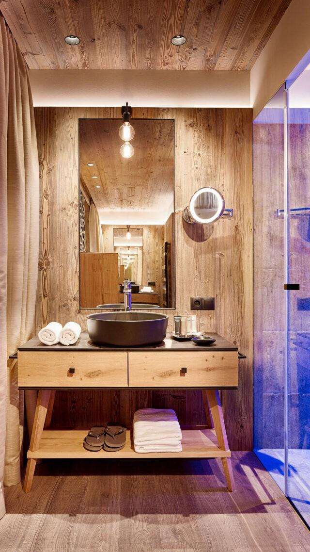 washbasin-hotel chalet mirabell