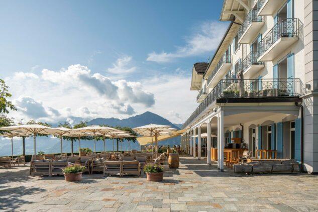 villa-honegg-restaurant-terrace