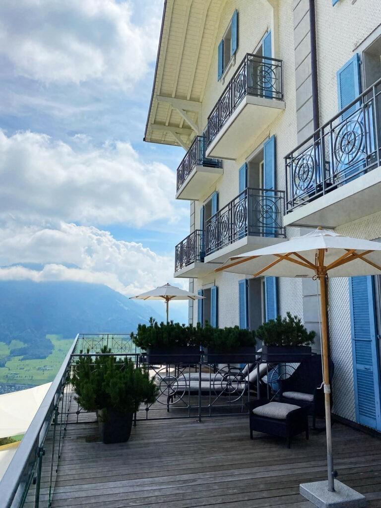 villa-honegg-terrace-superior-suite-72hih