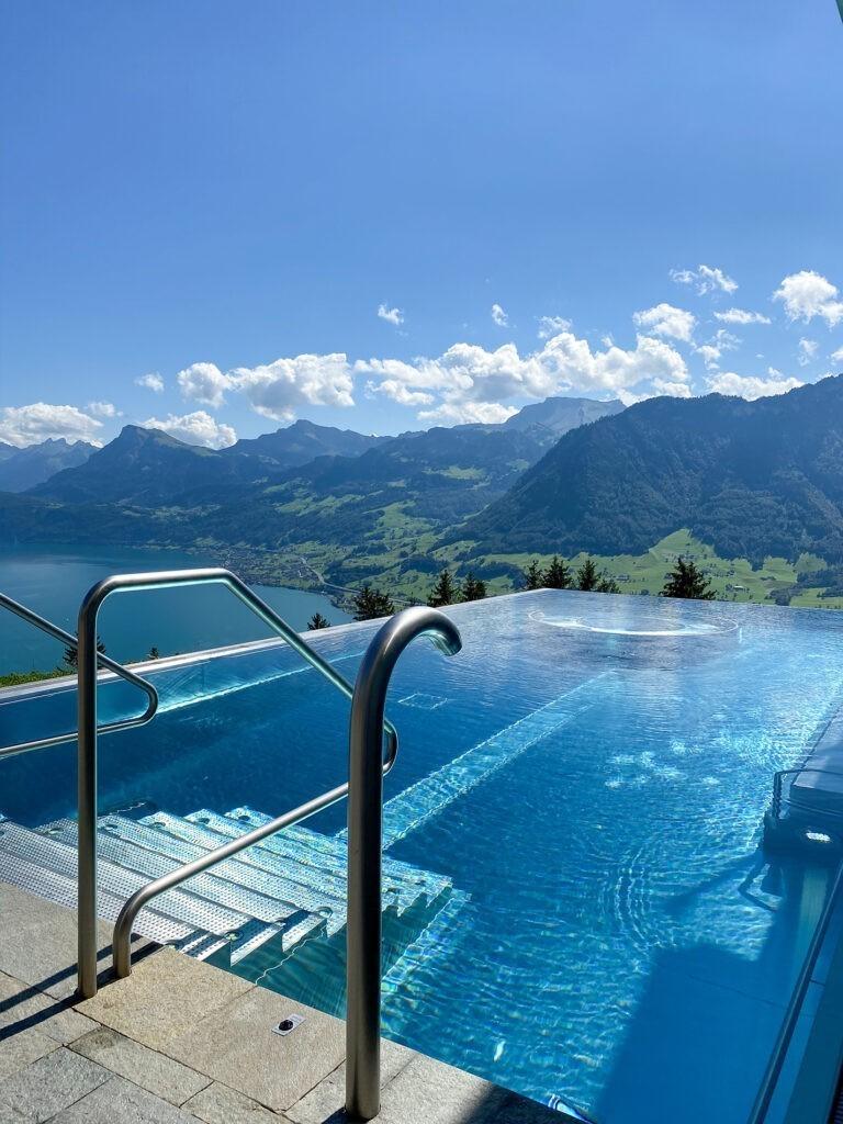 villa_honegg_pool-outdoor_72hih