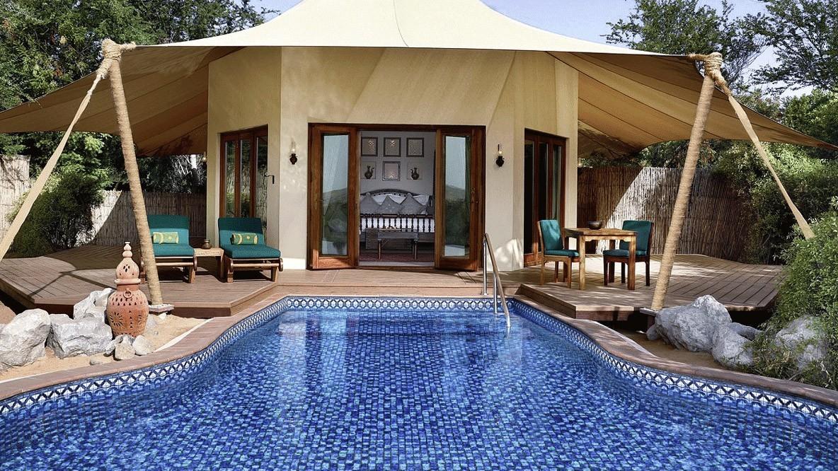 al maha desert resort spa-glamping-tent