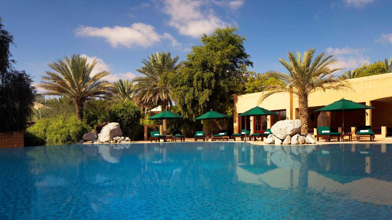 al maha desert resort spa-pool