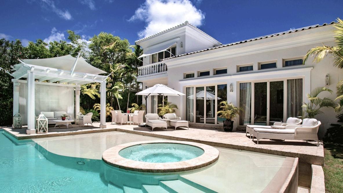 al maha desert resort spa-private-villa-with-pool