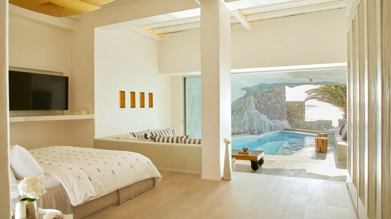 cavo-tagoo-mykonos-luxury-suite