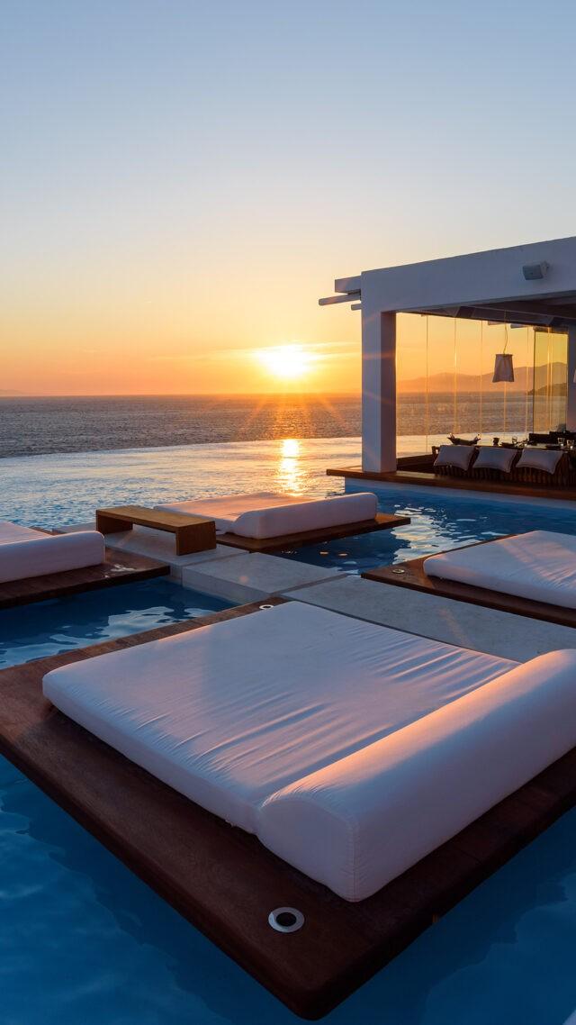 cavo-tagoo-mykonos-pool-sunset-mobile