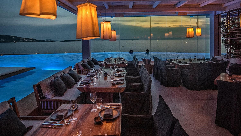 cavo-tagoo-mykonos-restaurant-dinner