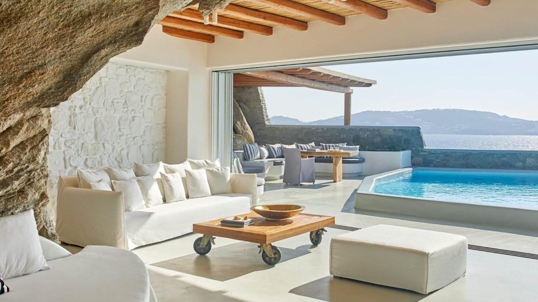 cavo-tagoo-mykonos-suite-terrace