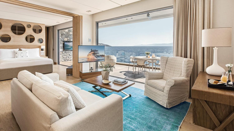elounda beach hotel villas greece-suite-waterfront