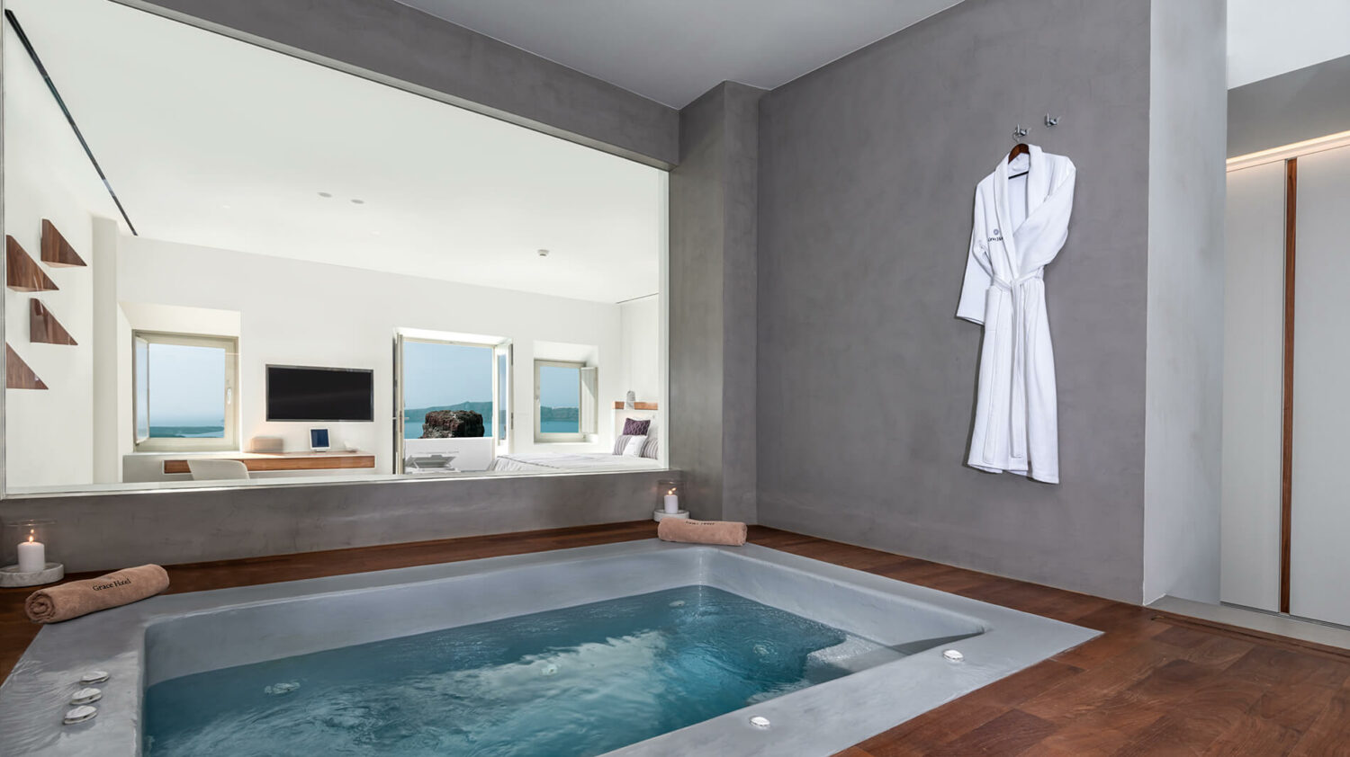 grace hotel, auberge resorts collection greece-jacuzzi