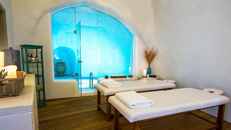 iconic santorini-massage-room