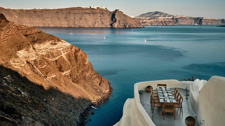 mystique, a luxury collection hotel-santorini-restaurant-lunch-spot