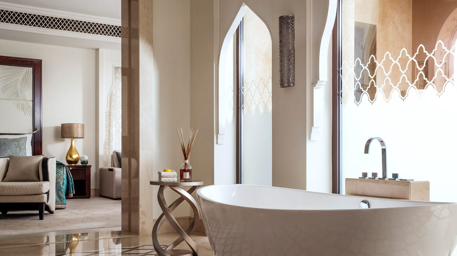 one&only the palm dubai-freestanding-bathtub