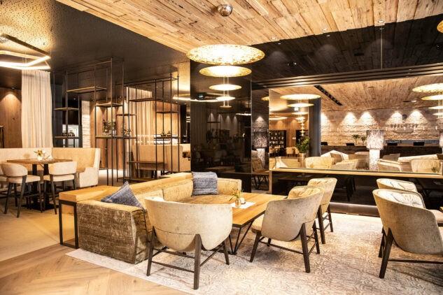 das-edelweiss-restaurant-lounge-Andrea_Pernpeintner