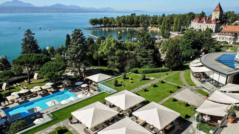 beau-rivage palace switzerland-garden
