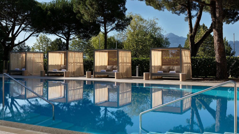beau-rivage palace switzerland-pool