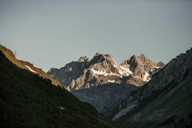hotel-arlberg-location-austria-mountain