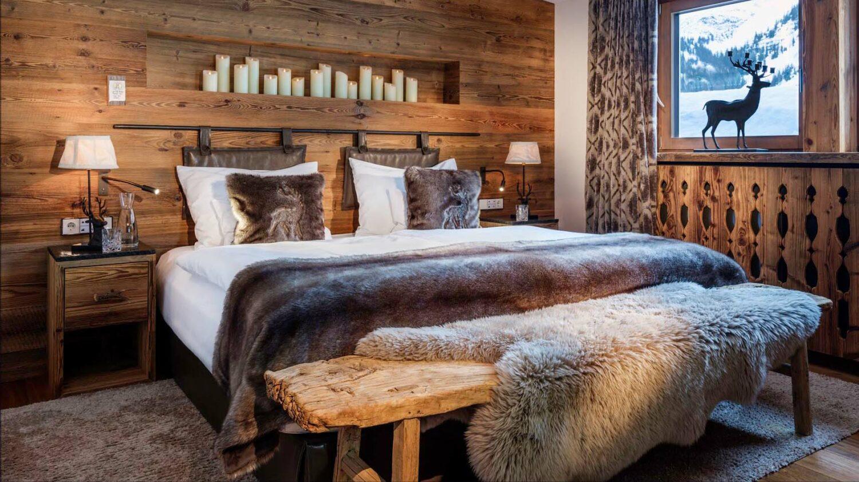 hotel-arlberg-room-bed-view