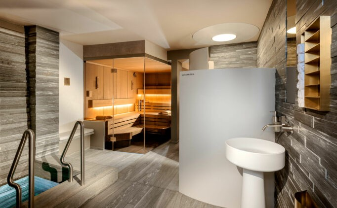 hotel-arlberg-spa-area