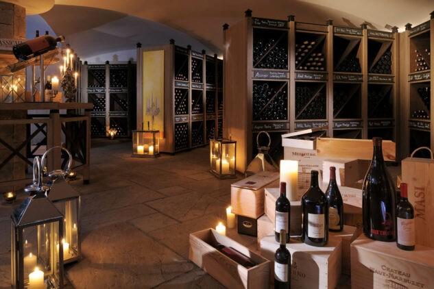 hotel-arlberg-winery-wine-room