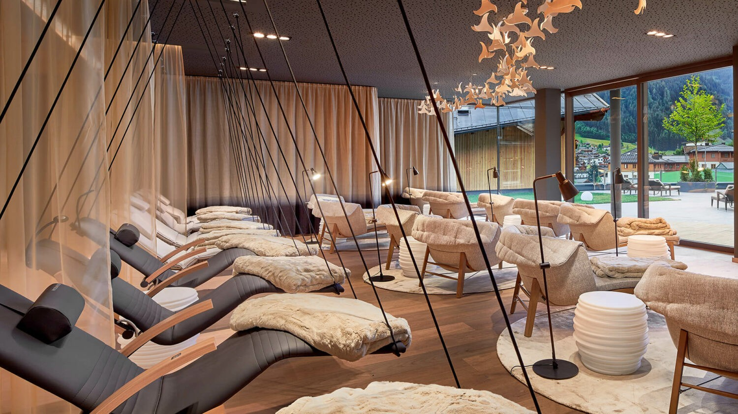 hotel-edelweiss-relax-room